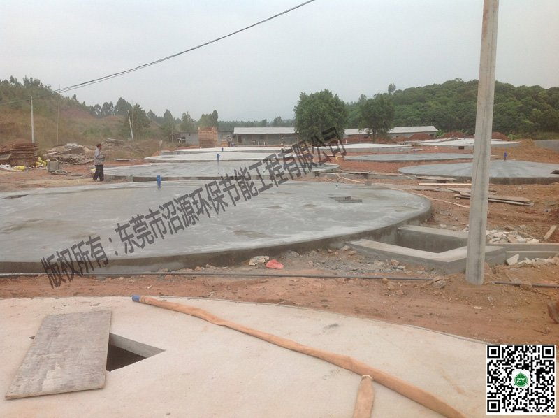 广州增城某猪场8000方沼气池建设现场