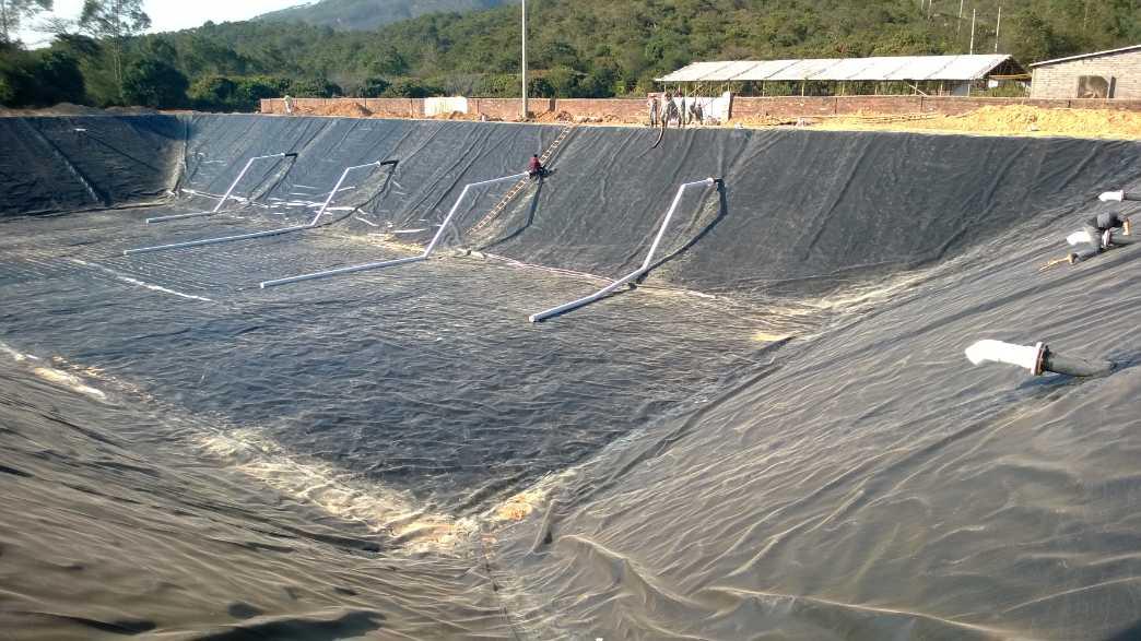 黑膜沼气池建设|软体沼气池建设|黑膜沼气工程建设厂家